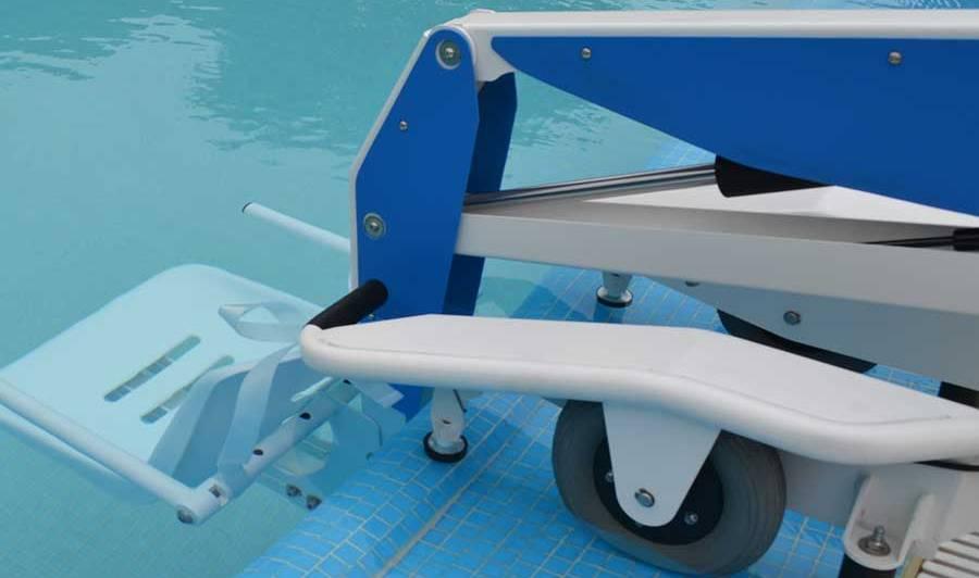 Podnośniki basenowe dla osób niepełnosprawnych
