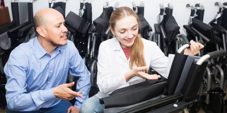 Wypożyczalnia wózków inwalidzkich dla niepełnosprawnych w BRANDvital