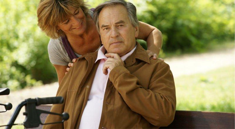 Balkoniki inwalidzkie i rolatory - Wypożyczalnia pomocy do chodzenia