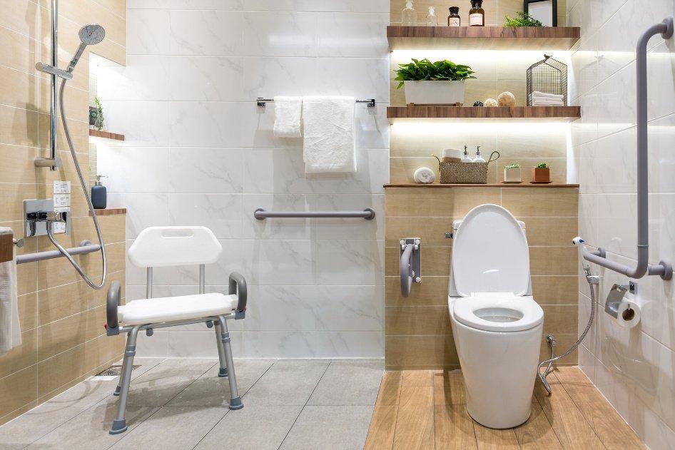 Jak przygotować łazienkę dla osób niepełnosprawnych?