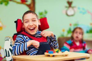 wózek inwalidzki dziecięcy - jak dobrać