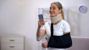 Kołnierz ortopedyczny wykorzystywany wusztywnieniu górnego odcinka kręgosłupa - brandvital.eu