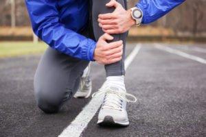 Przyczyny bólu piszczeli podczas chodzenia, biegania iwczasie spoczynku