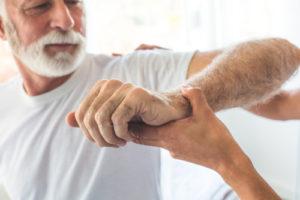 Spastyczność ręki może wystąpić nawet 3 miesiące poudarze
