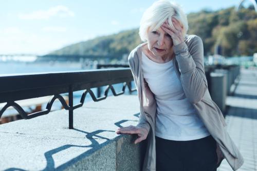 Udar niedokrwienny mózgu – przyczyny, objawy, leczenie