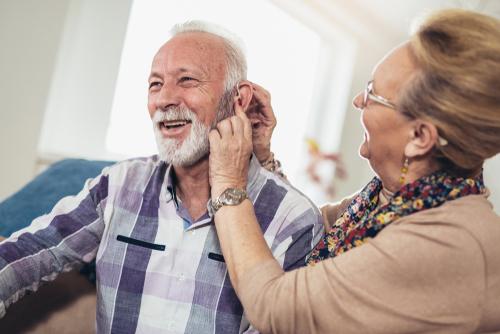 Aparaty słuchowe wBRANDvital – 5 modeli, naktóre warto zwrócić uwagę
