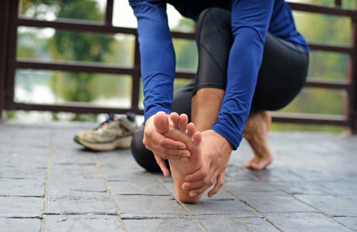 Ból stopy podczas chodzenia - brandvital.eu