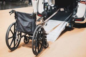Rampa dla niepełnosprawnych dla wózka inwalidzkiego