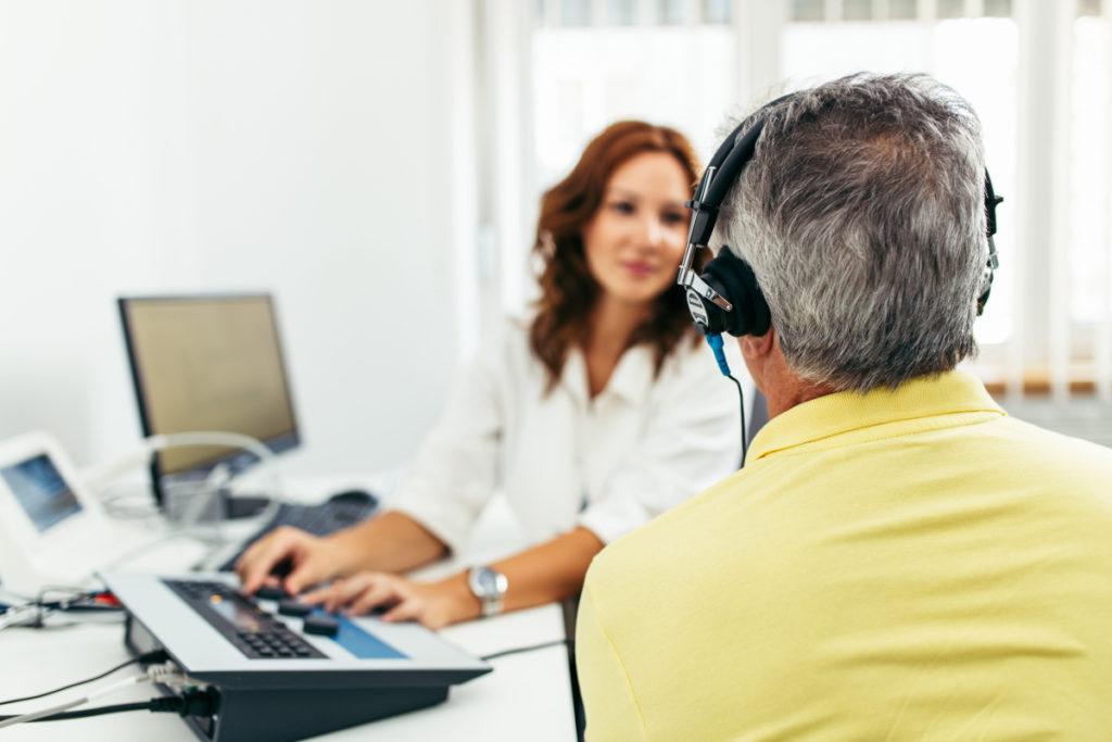 Protetyk słuchu – Twójspecjalista odniedosłuchu