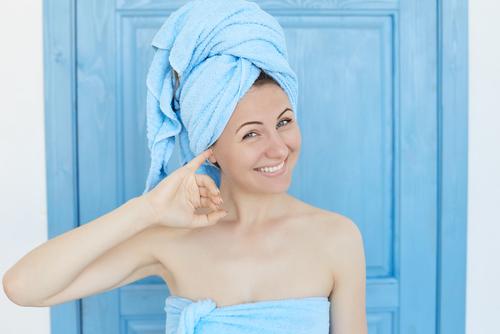 czyszczenie uszu zwoskowiny - brandvital.eu