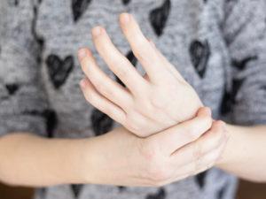 Drętwienie lewej ręki - przyczyny - brandvital.eu